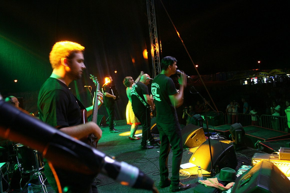 The concert by Kal Band